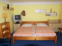 Velký apartmán - postele - Karlovy Vary - Doubí