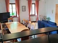 Bar v obývací kuchyni - Krásno - Dolní Hluboká