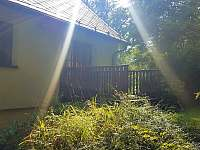 Zadní veranda - chalupa ubytování Krásno - Dolní Hluboká
