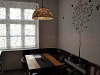 Jídelní stůl (velký apartmán) - k pronájmu Bečov nad Teplou