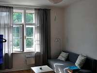 Obývací pokoj (malý apartmán) - pronájem Bečov nad Teplou