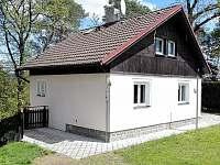 Západní Čechy: Chata k pronájmu